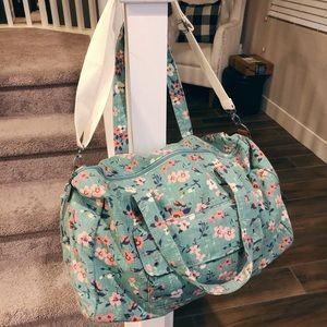 Mossimo duffle bag . Travel bag